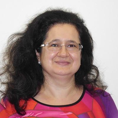 Dr Mihaela Negru-Radu
